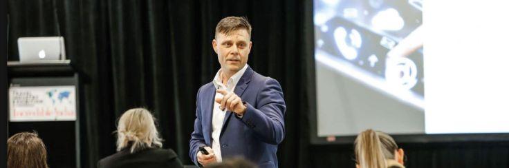 About - Mark McInnes - Australia's #1 Social Seller
